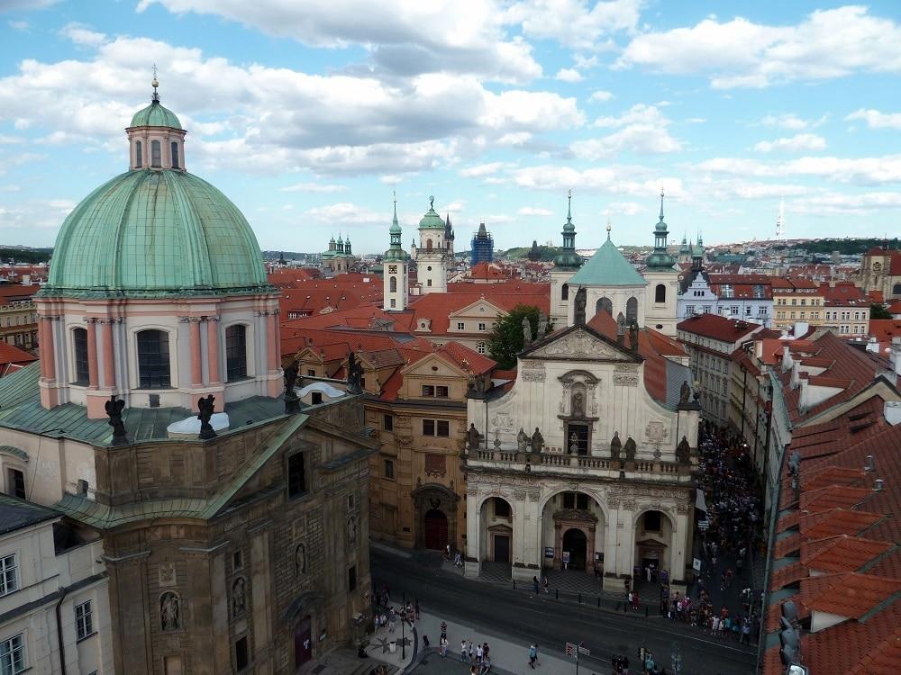 Prague église Saint François d'Assise et mille clochers